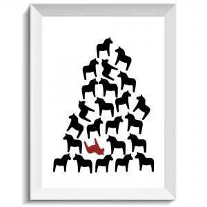 Pyramid byggd av dalahästar, dalahäst, dalahorse, citat, print, poster, affisch, grafisk, design, present, tavla, tavlor, inredning, heminredning, interiör, interior, ruff & stuff, ruff o stuff, ruffostuff