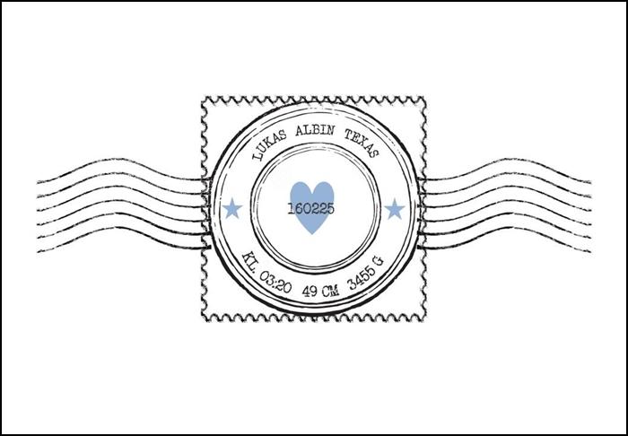 Namntavla med frimärke och hjärta, blå, namntavlor, doptavla, doptavlor, barntavla, barntavlor, dop, födelse, gåva, present, barnrum, inredning, interior, interiör, grafisk, design, print, poster , tavla, ruff & stuff, ruff o stuff, ruffostuff