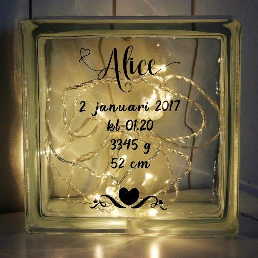 Glasblock Födelse, glascement, glaskub, dop, födelse, gåva, present, barn, inredning, interior, interiör, heminredning, barnrum, ruff & stuff, ruff o stuff, ruffostuff